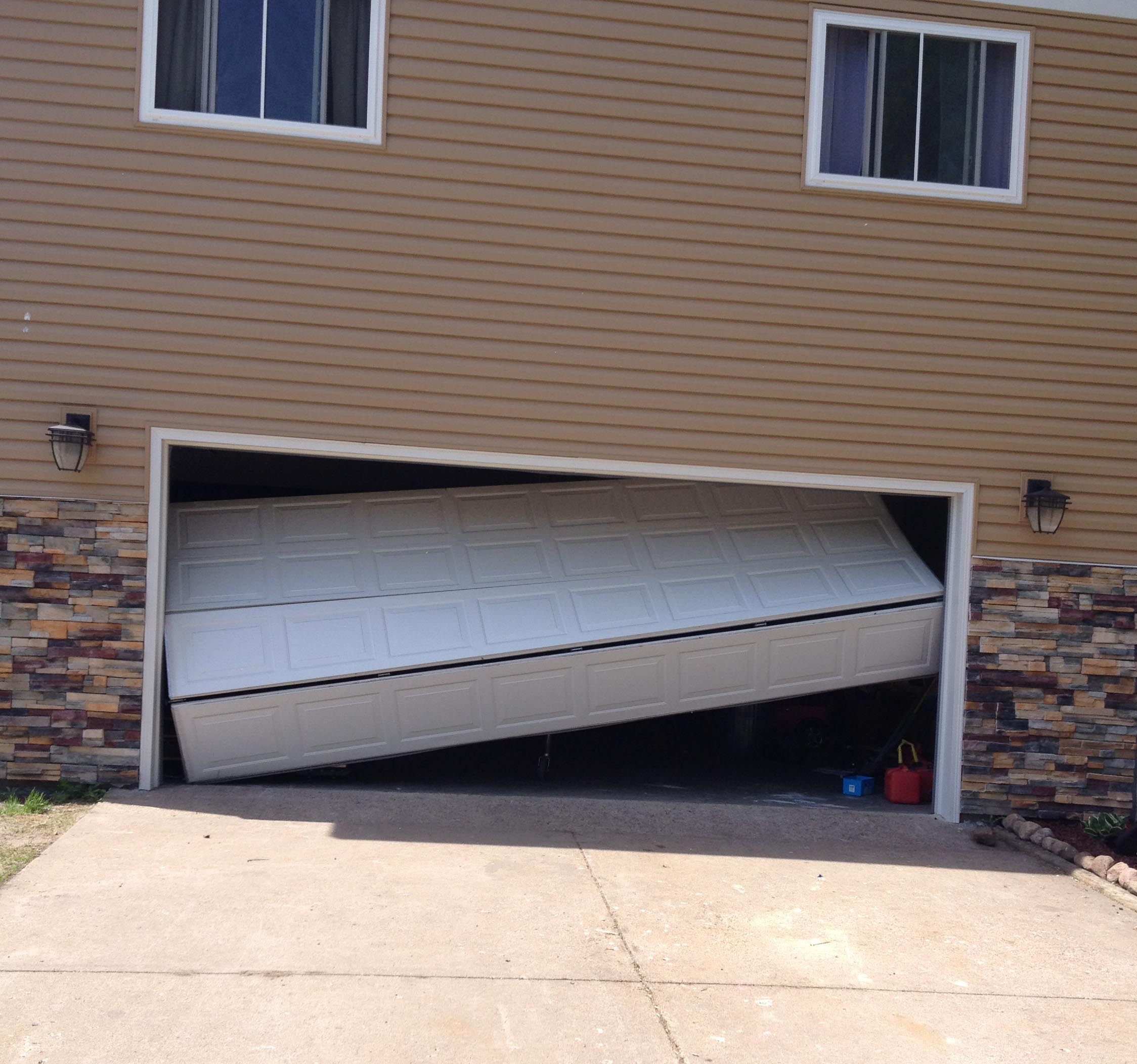 Lino Lakes Garage Doors Repairs Installations Services